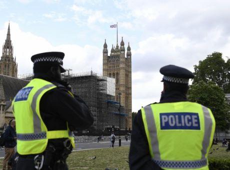 βρετανία αστυνομία