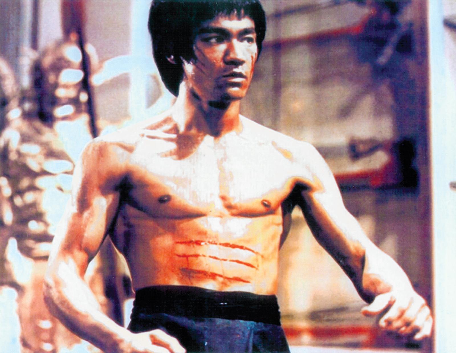 Bruce-Lee-scene-Enter-the-Dragon-1973
