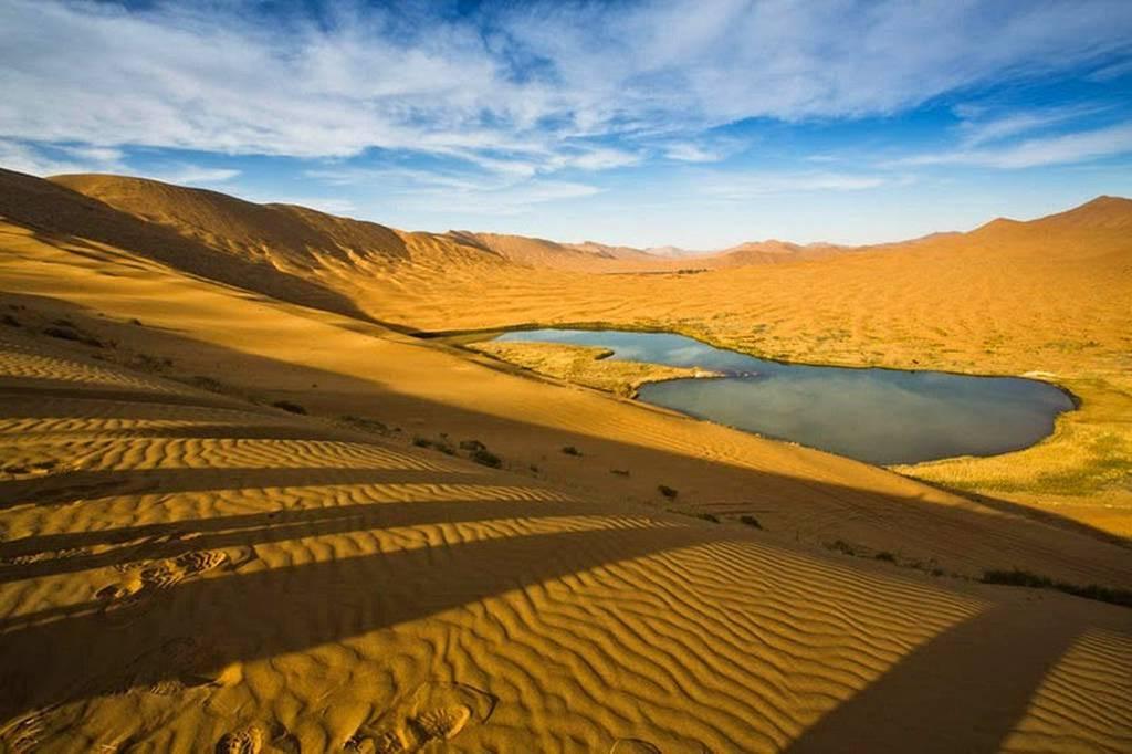 badain-jaran-desert-13