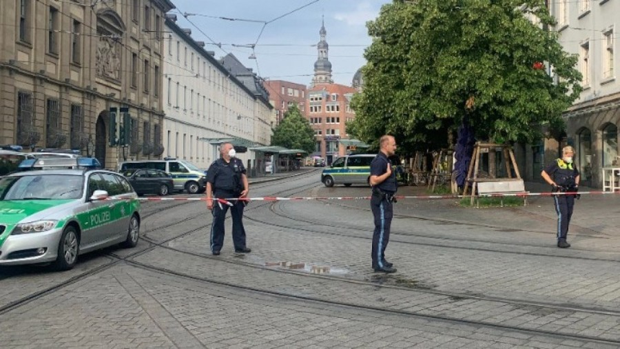 germany-attack-knife
