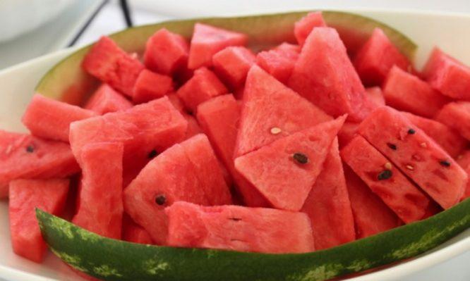watermelon-picture-id694582144-666x399