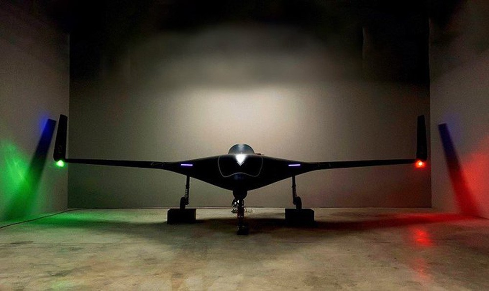 210827160100_lotus-drone-1