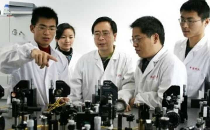 Chinese-Scientists-Just-Set-the-Record-for-the-Farthest-Quantum-Teleportation-2-min
